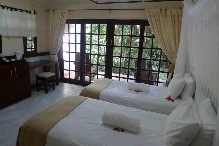 Safari Groepsreis Lodges 8 dagen botswana okavango delta en victoria falls avontuurlijk 79