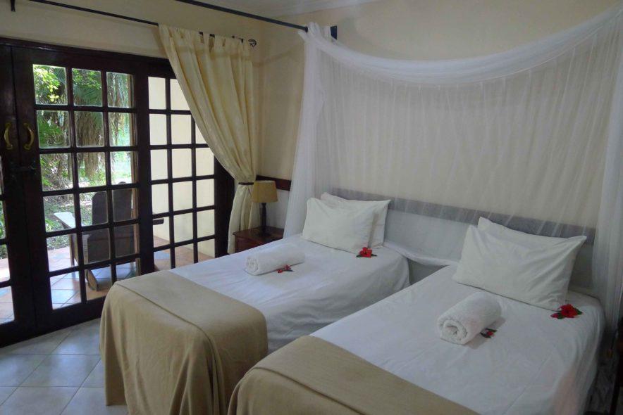 Safari Groepsreis Lodges 8 dagen botswana okavango delta en victoria falls avontuurlijk 78