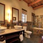 Safari Groepsreis Lodges - 8 DAGEN Kaapstad Tuinroute Tsitsikamma NP Addo Elephant NP 8